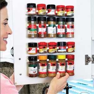 Spice Rack: The Perfect Organizing Tool