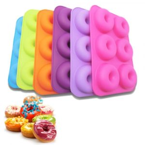 Silicone Donut Mold: Ideal Baking Tool