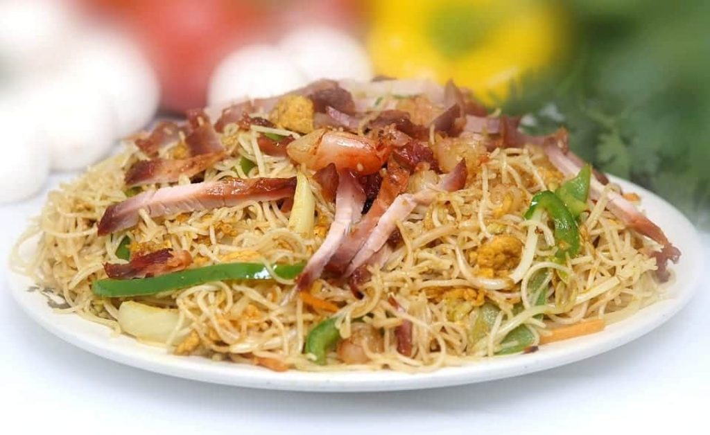 Spicy Singapore Noodles: easy international recipes