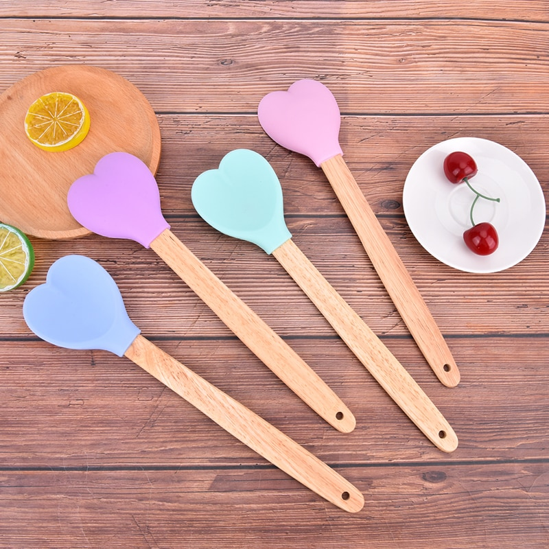 Cookie Spoon Heart Shape Pastry Spatulas Wooden Handle Silicone Heart Shape Pastry Spatulas With Wooden handle Cookie Spoon Baking Tools Silicone Tools