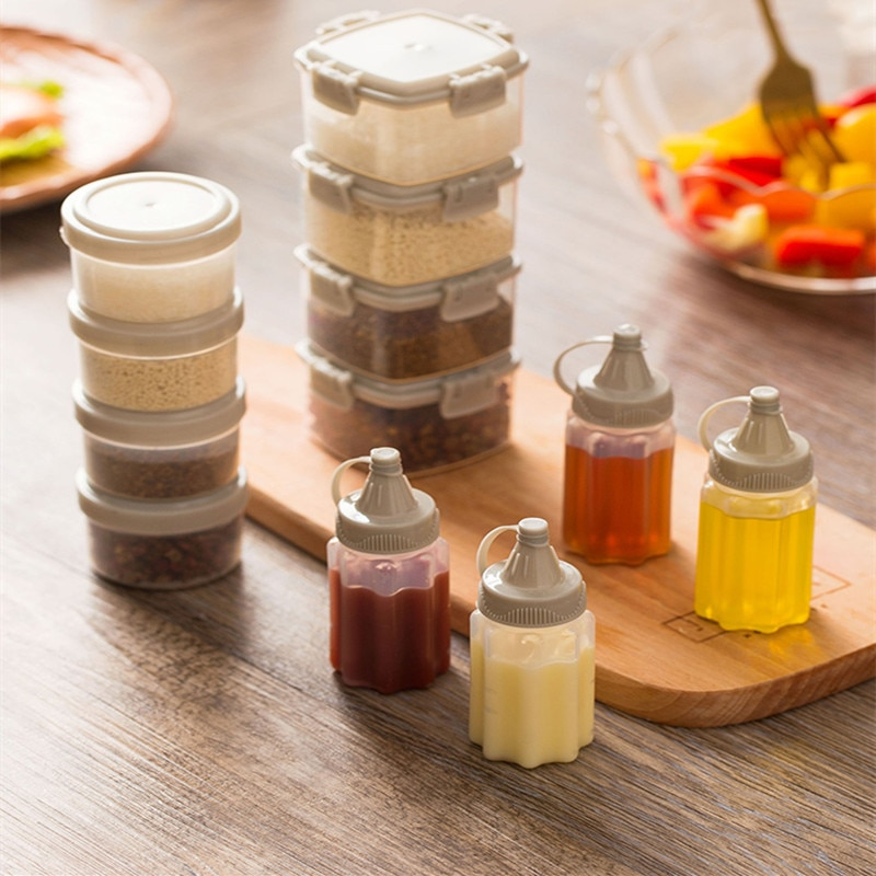 Kitchen Tool Spice Jar Salad Dressing Bottle Mini Plastic Sauce Squeeze Bottle Mini Seasoning Box Salad Dressing Containers Outdoor Portable Barbecue Tools